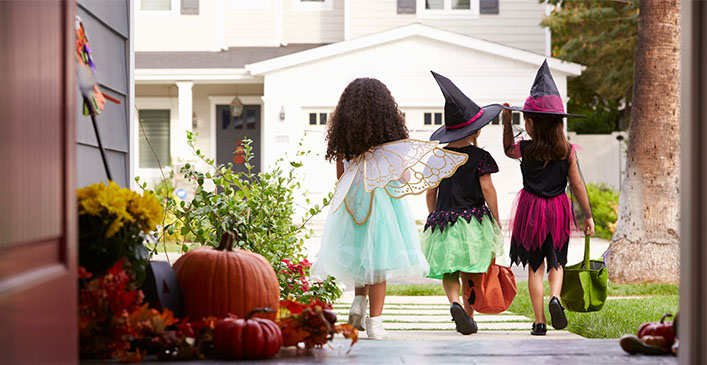 Halloween Safety Tips: How to Have a Spooky and Fun Halloween